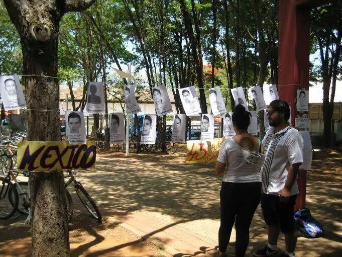 UNICAMP - Manifestantes pedem justiça contra o assassinato dos estudantes da escola normal de Ayotzinapa - Campinas - SP